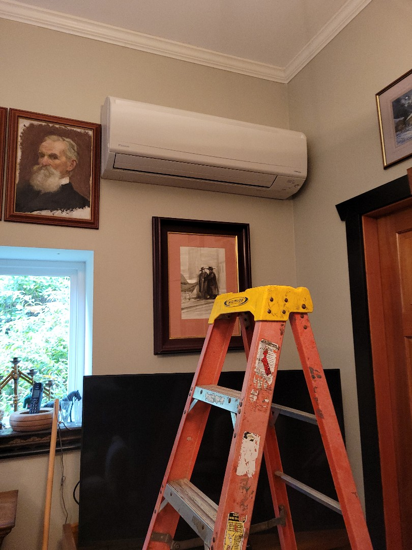 Mill Bay, BC - Performing seasonal maintenance on this multi head ductless mini split heat pump system here in Maple Bay!