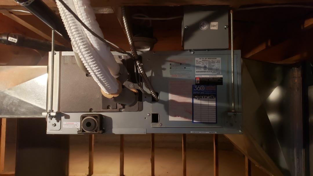 Mill Bay, BC - Slim Duct heat pump preventative maintenance.