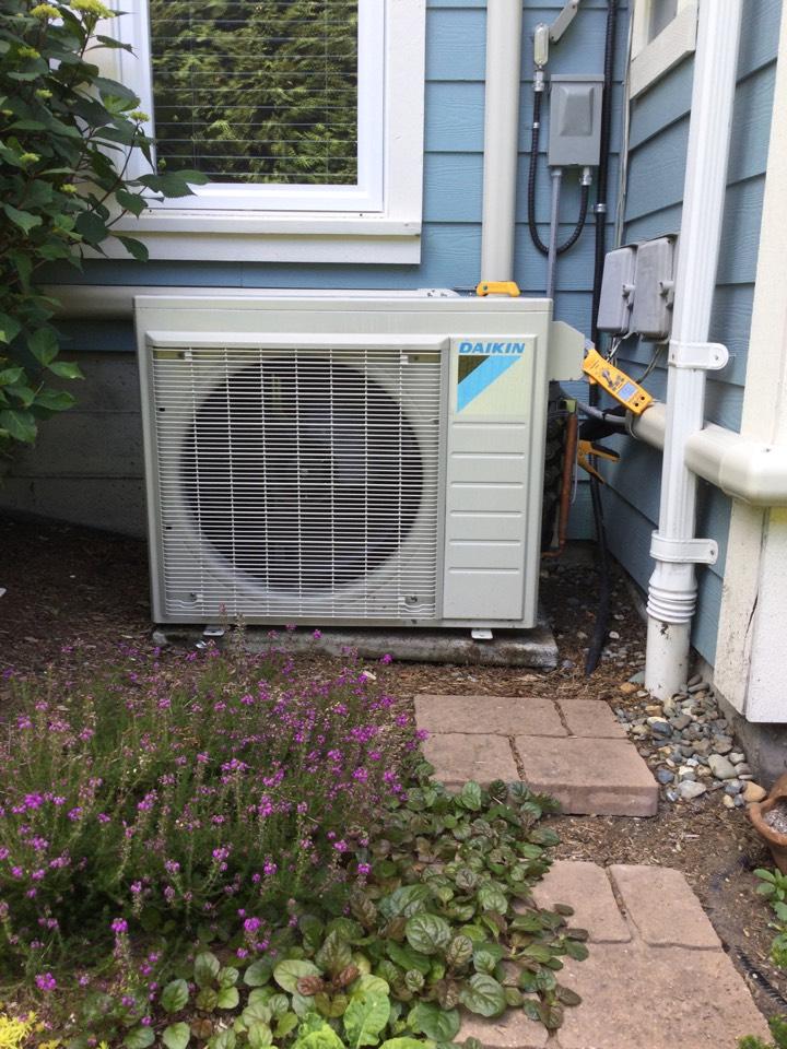 Mill Bay, BC - Ductless heat pump preventative maintenance