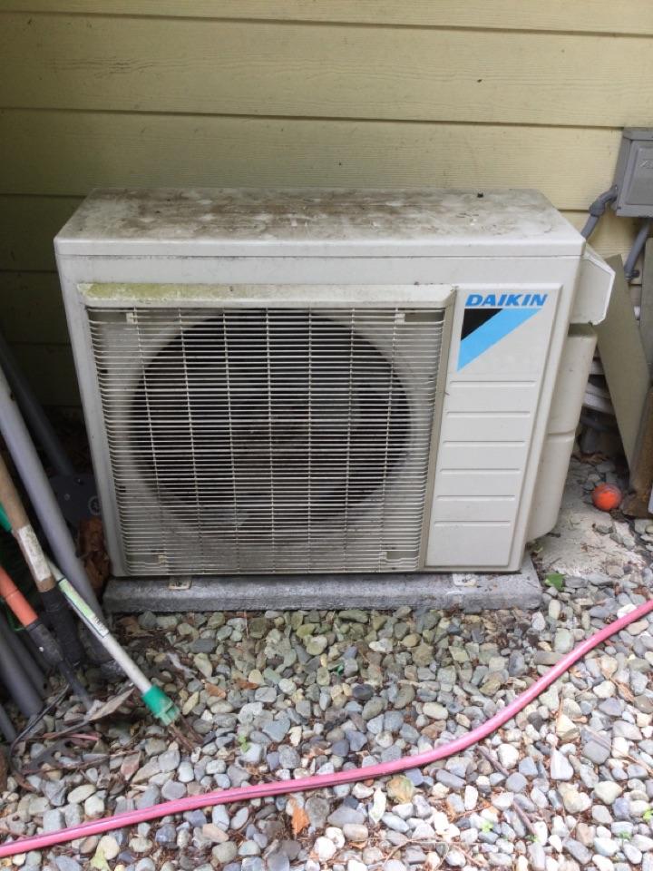 Duncan, BC - Ductless heat pump preventative maintenance