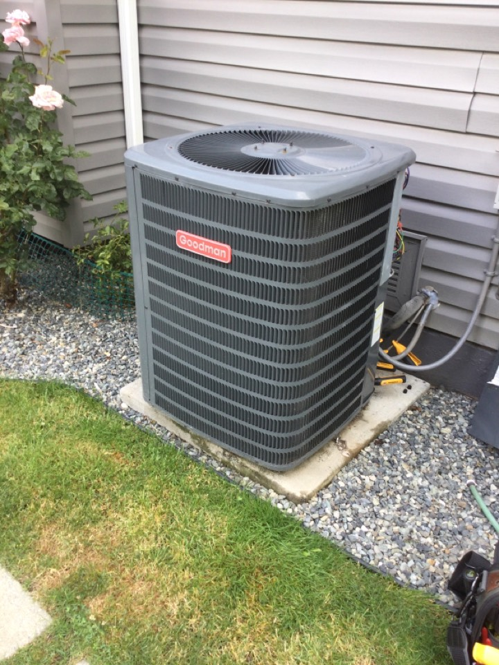 Duncan, BC - Heat pump preventative maintenance