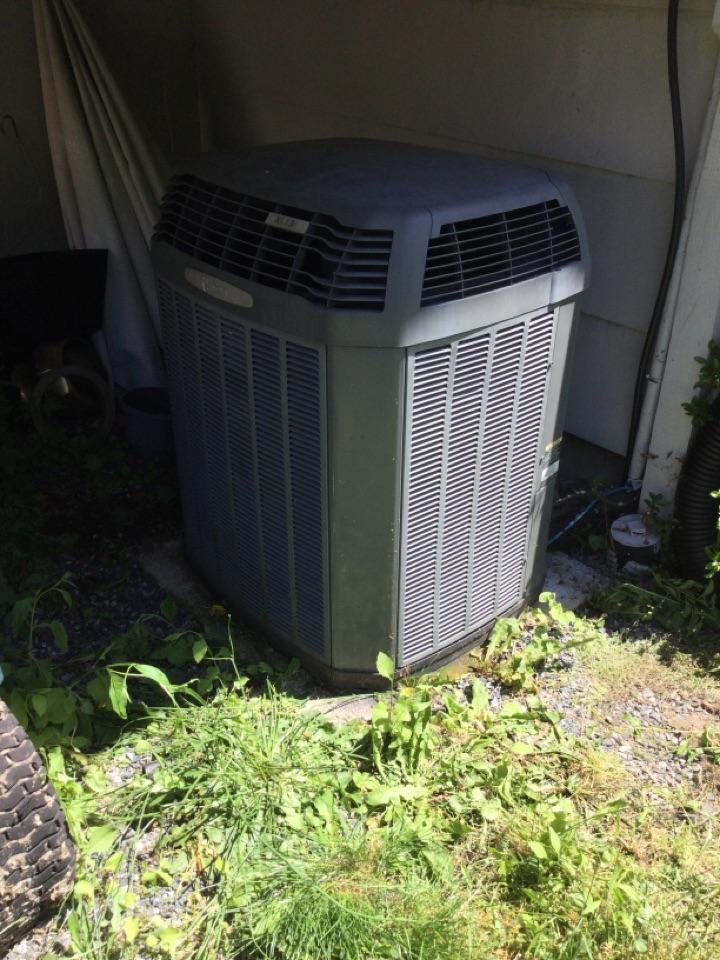 Lake Cowichan, BC - Heat pump preventative maintenance