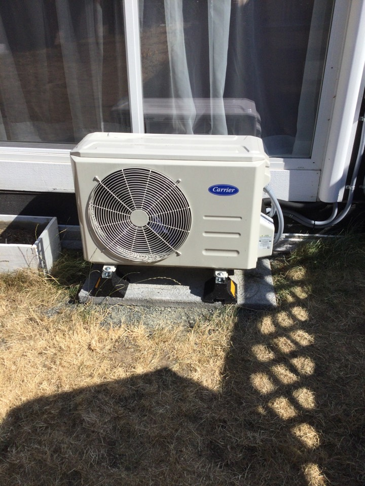 Mill Bay, BC - Repair leaking heat pump