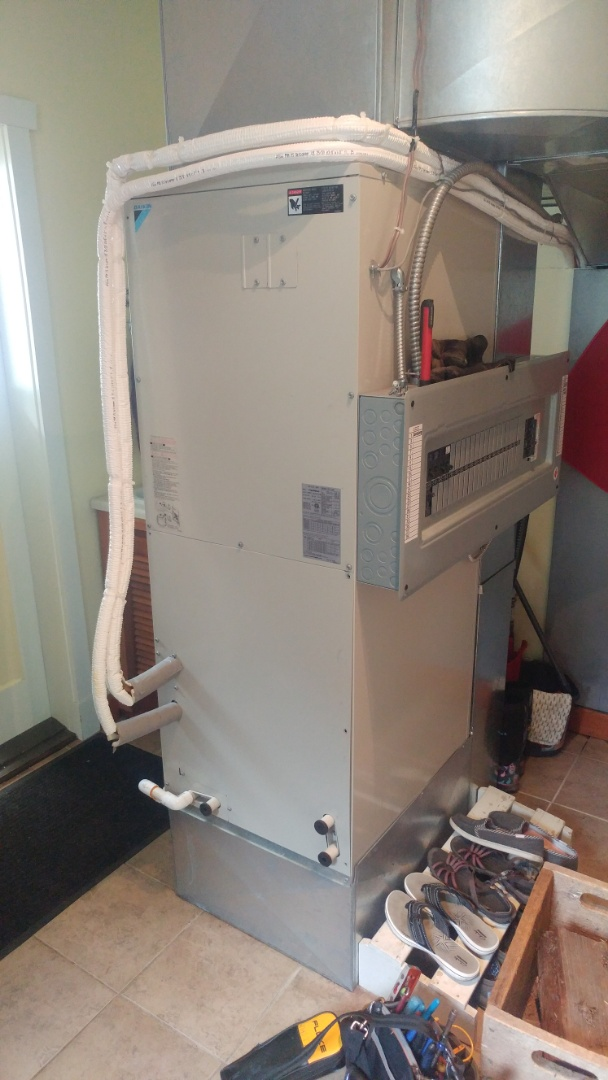 Ladysmith, BC - Performing system diagnosis and repair on a Daikin Skyair system in Saltair!