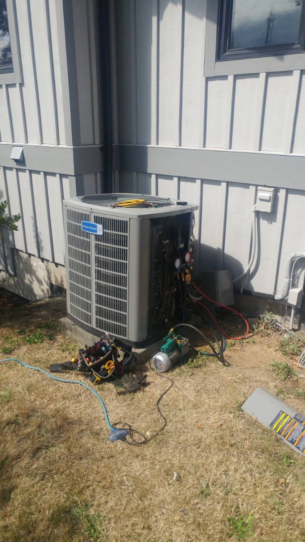 Ladysmith, BC - Replacing an electronic expansion valve on an American Standard heat pump in Cedar!