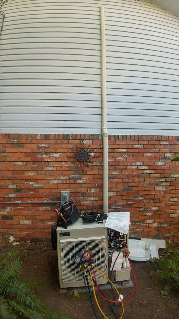 Duncan, BC - Installing a Daikin mini split ducted heat pump in North Cowichan!