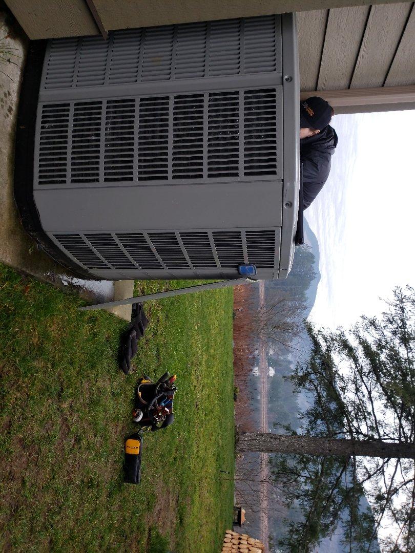 Lake Cowichan, BC - Performing a heat pump preventative maintenance on an American Standard heat pump in gorgeous Lake Cowichan!
