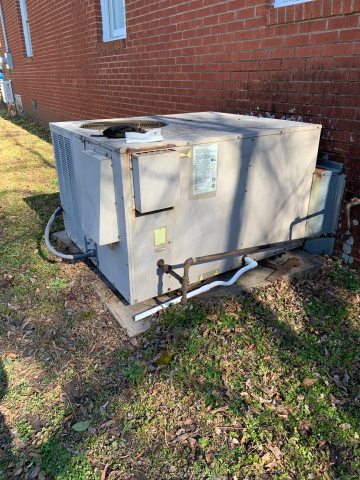Clayton, NC - Came back to install the right rollout switch of gas pack unit was install temporary to they have heat