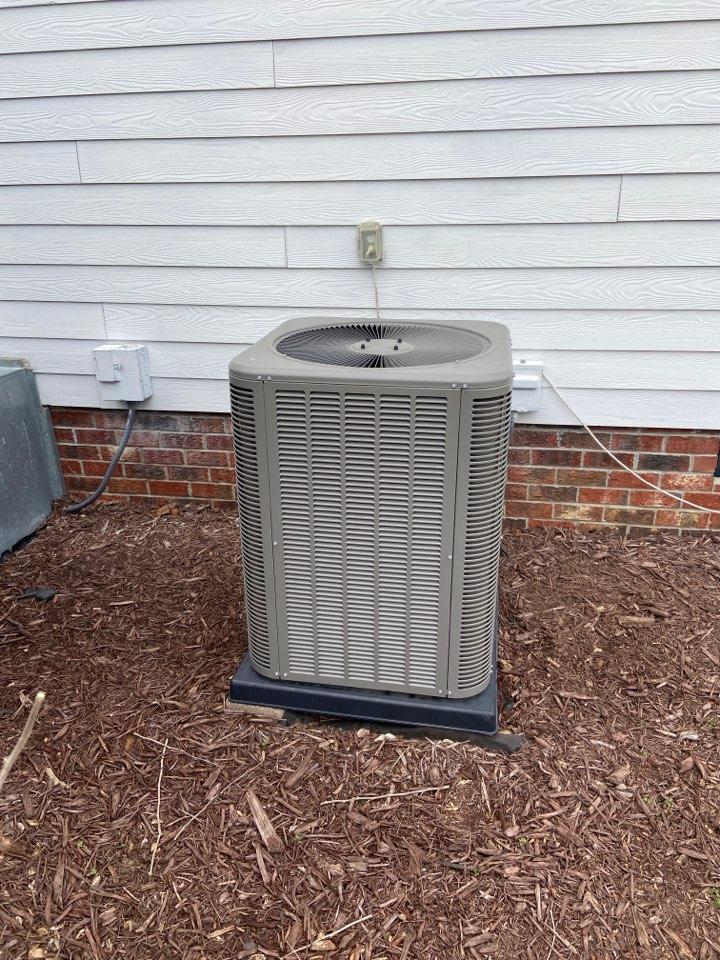 Goldsboro, NC - Lennox needs refrigerant