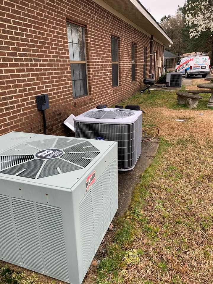 Smithfield, NC - Not heat and maintenance performance of season