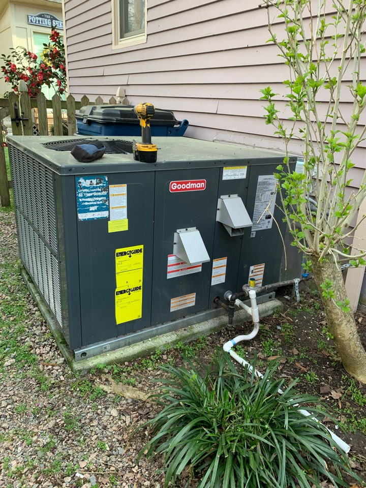 Smithfield, NC - Not heat in new gas pack unit