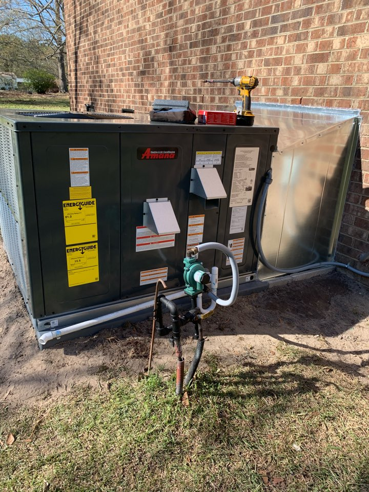 Four Oaks, NC - Star up new gas package unit been install today 4/2/2021