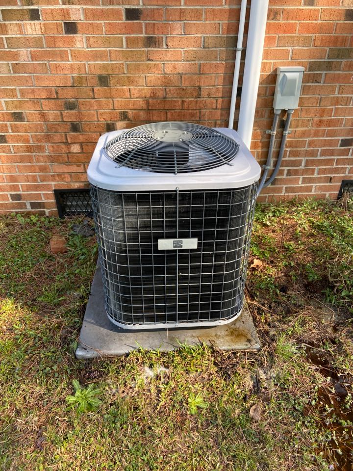 Selma, NC - Heat pump split/maintenance