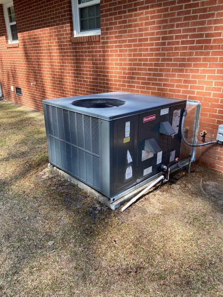 Four Oaks, NC - Maintenance/Goodman