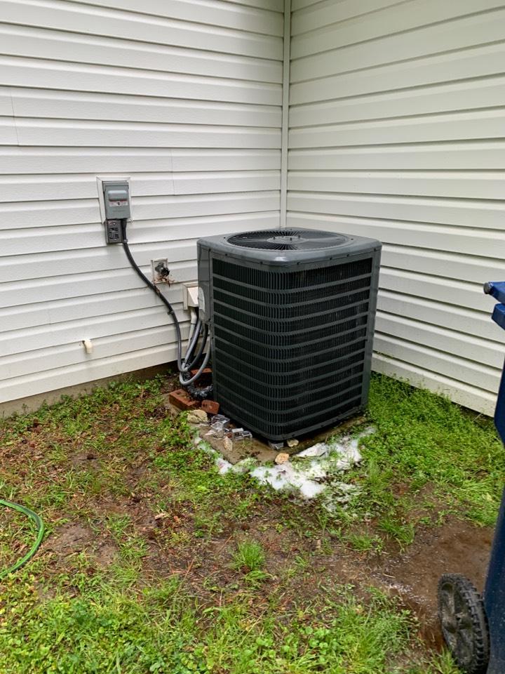 Smithfield, NC - Goodman split system tune up