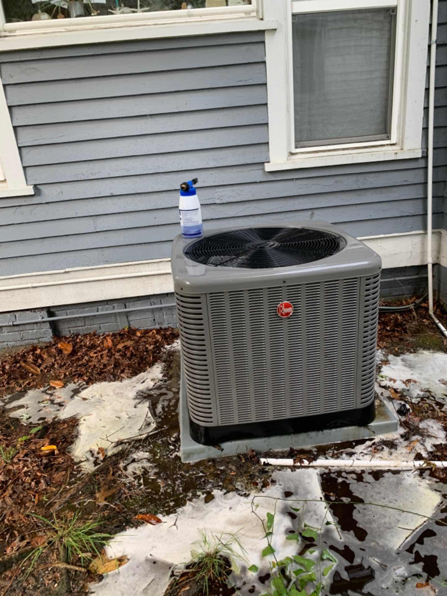 Smithfield, NC - Spring ac tune up on a Rheem split system with gas furnace