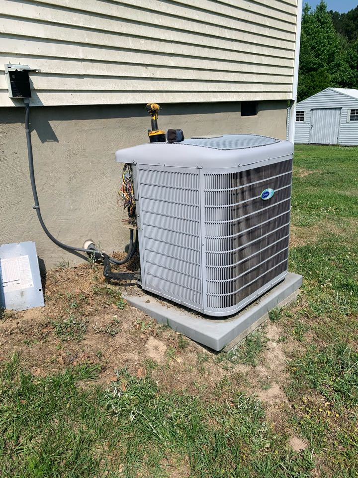 Four Oaks, NC - Not cooling call at communication split system
