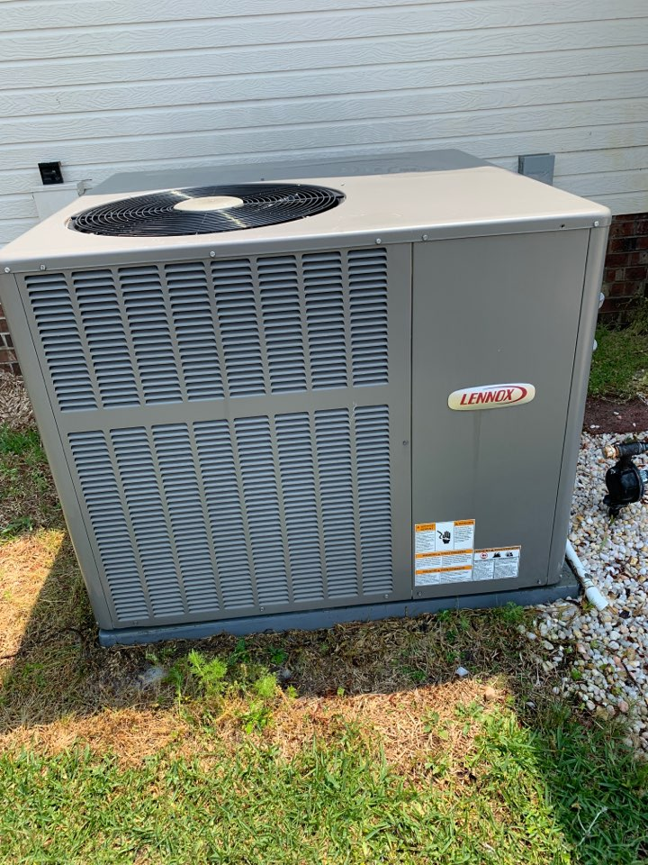 Clayton, NC - Performed spring tune up on a Lennox split system, and a mini split