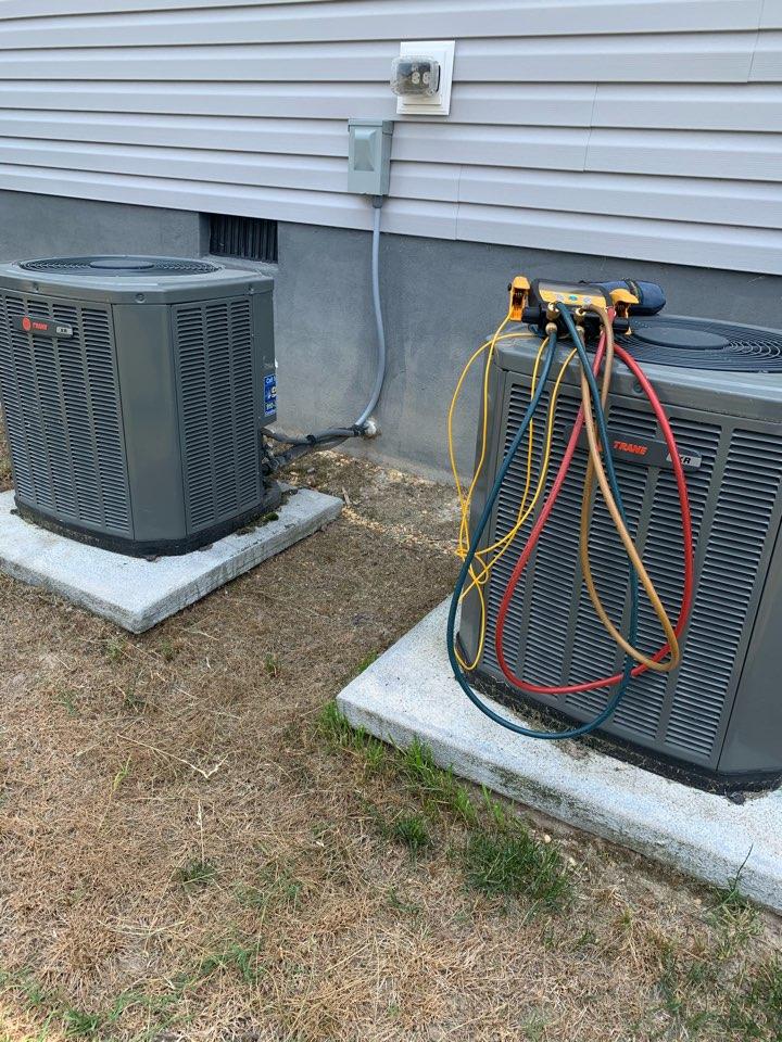 Smithfield, NC - Not cooling because split system freezing