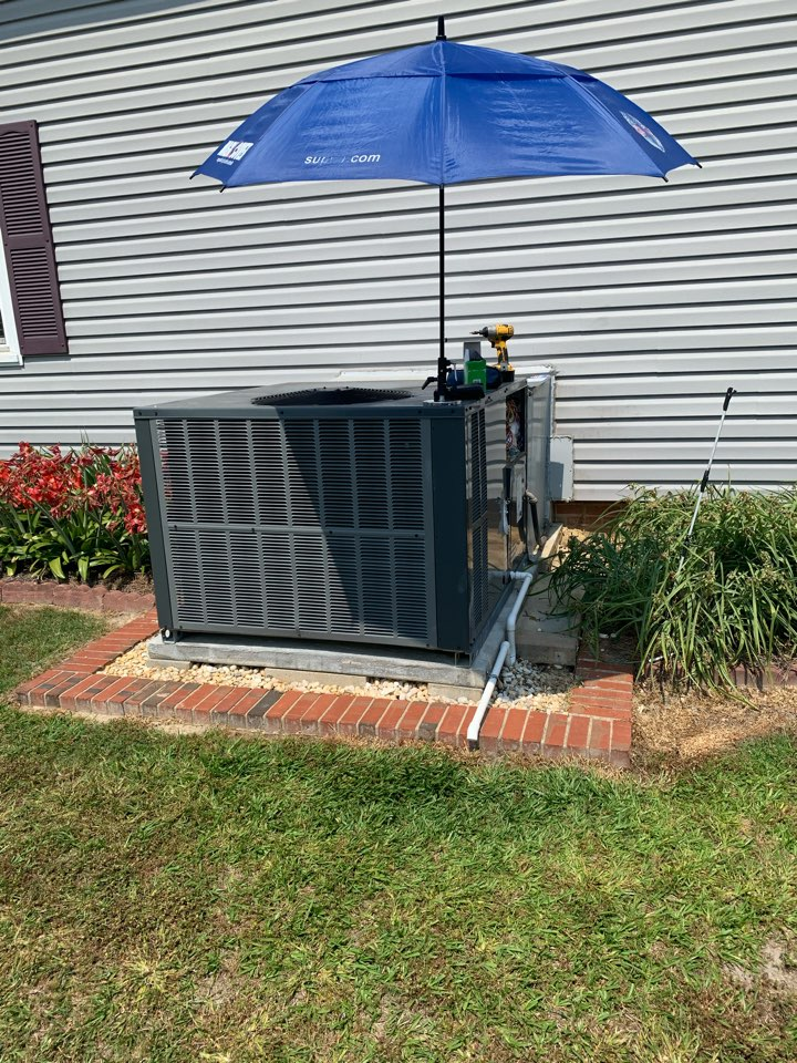 Clayton, NC - Not cooling call at heat pump package unit