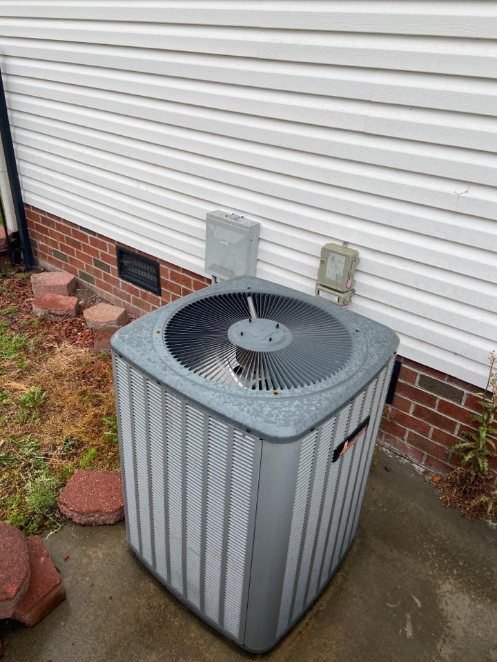 Goldsboro, NC - Daniels capacitor