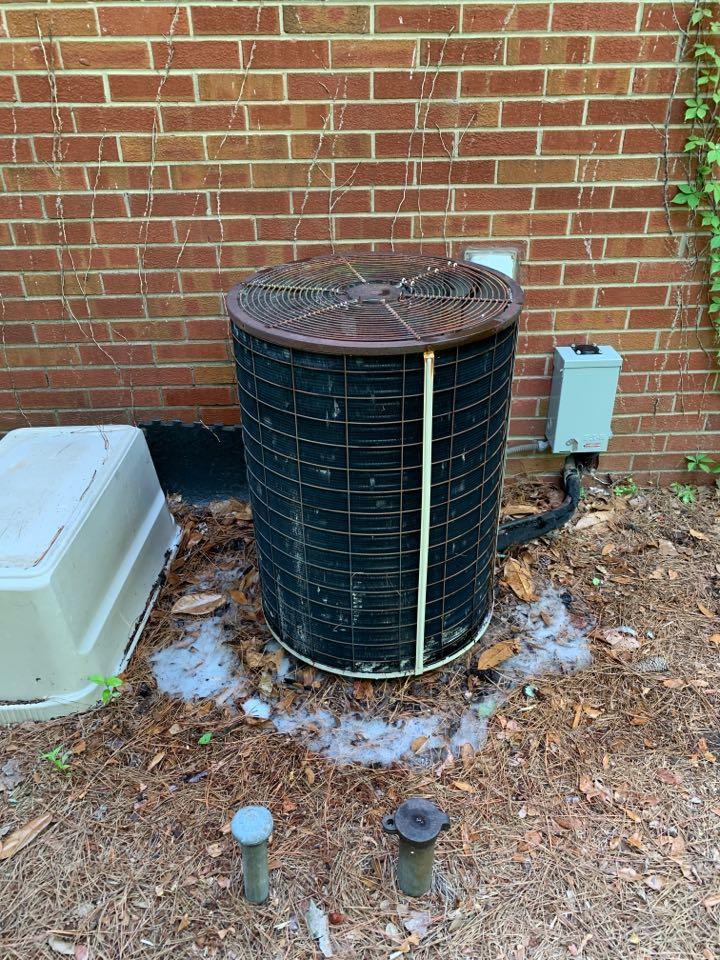Smithfield, NC - Ac not cooling