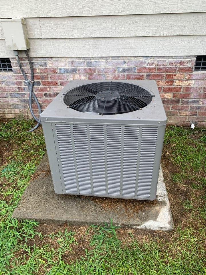 Four Oaks, NC - Rheem split system not cooling