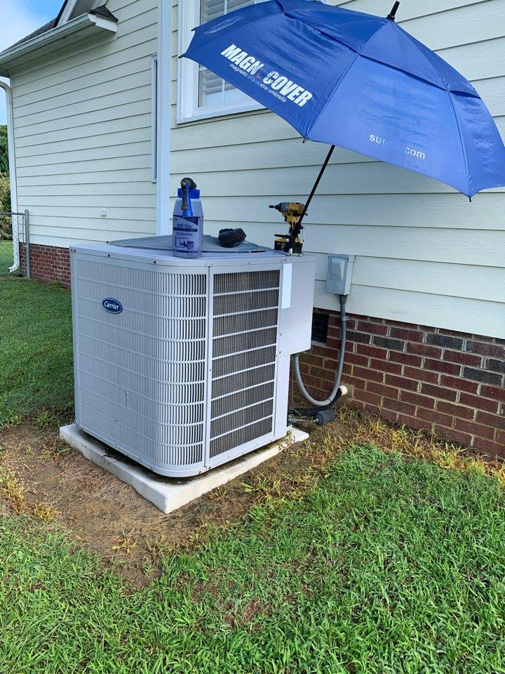 Benson, NC - Maintenance performance of season to split heat pump system