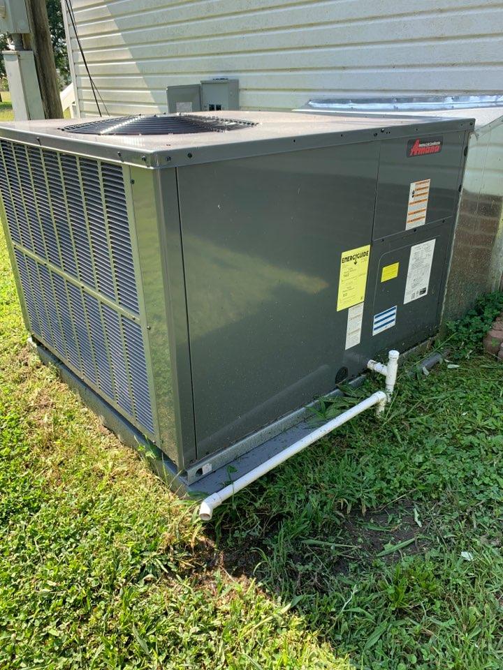 Princeton, NC - Amana package heat pump