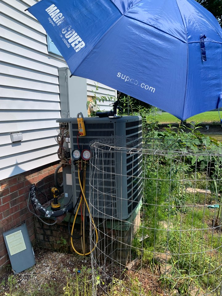 Princeton, NC - Not cooling call at split heat pump system