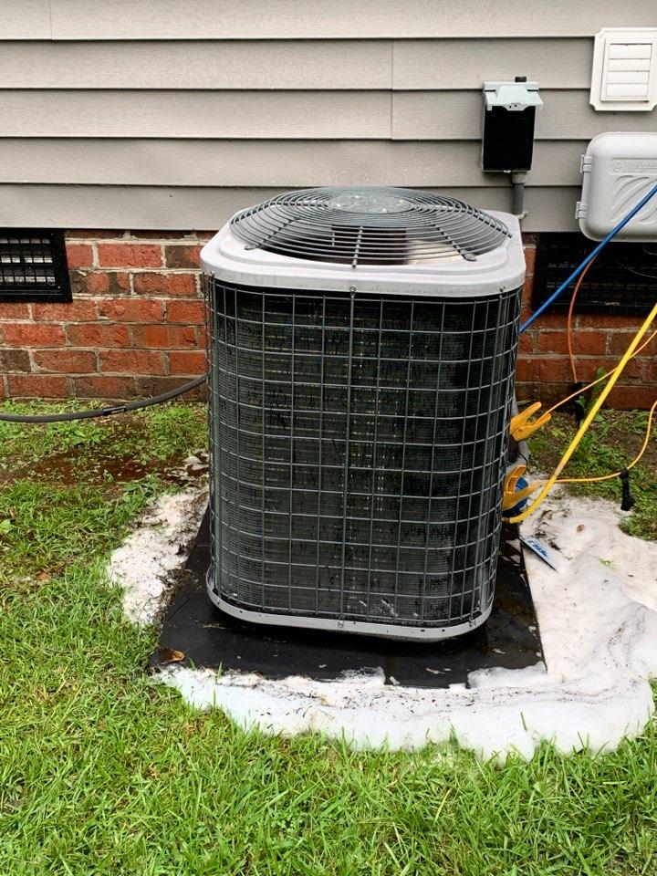 Smithfield, NC - Tempstar split system not cooling