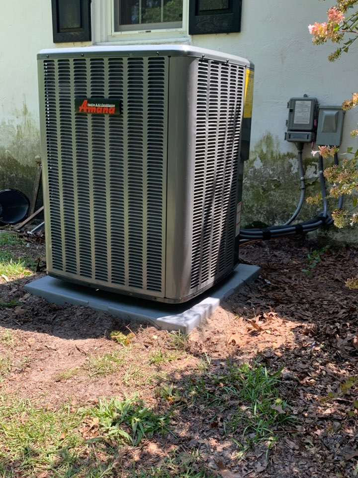 Four Oaks, NC - Installed new Amana heat pump