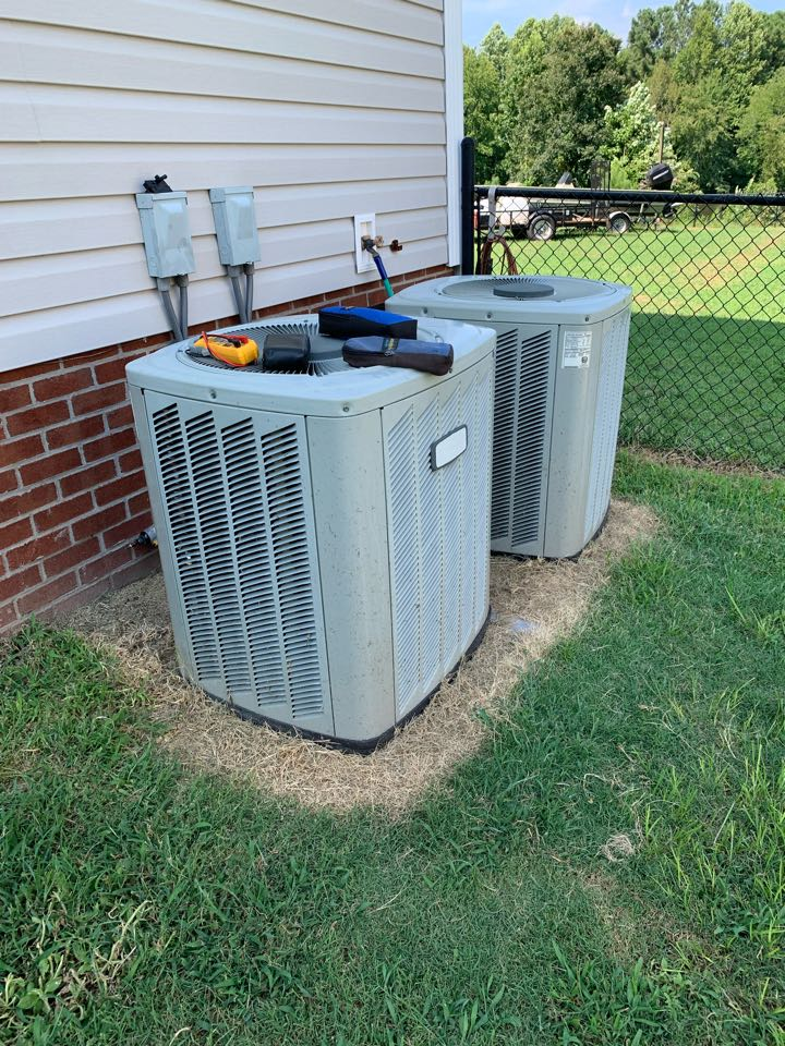 Clayton, NC - Not cooling call at split heat pump system does first floor