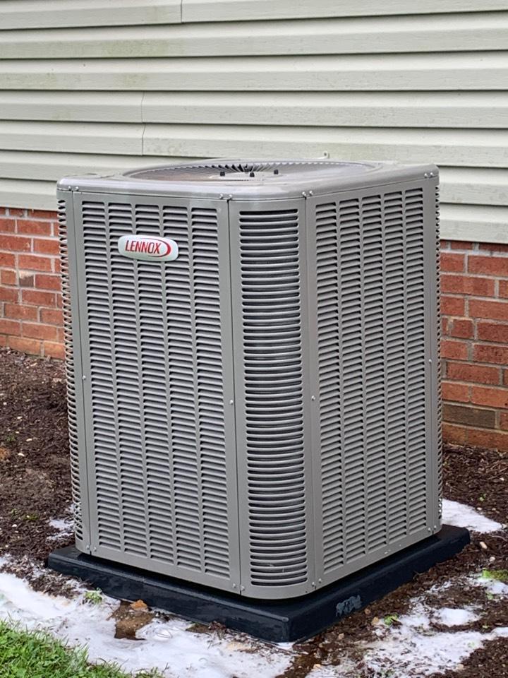Four Oaks, NC - Maintenance on Lennox heat pump