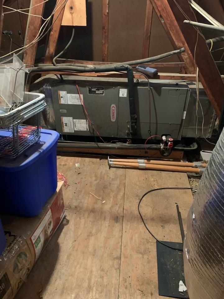 Smithfield, NC - Not cooling call at split heat pump system Lennox