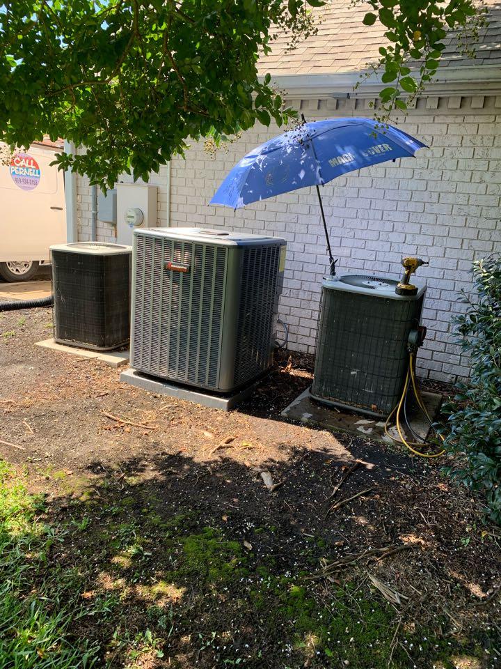 Smithfield, NC - Warranty call at split heat pump system Amana