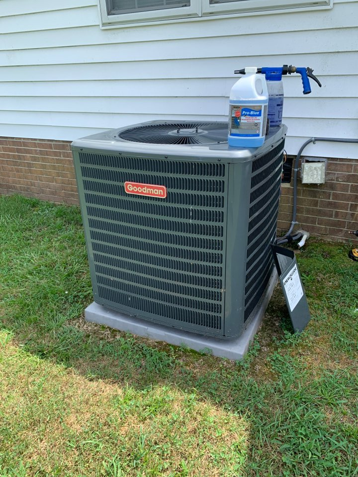 Benson, NC - Not cooling call at split heat pump system Goodman