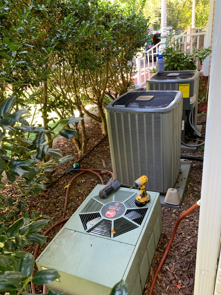 Smithfield, NC - Maintenance performance in all three split systems with straight ac and gas heat