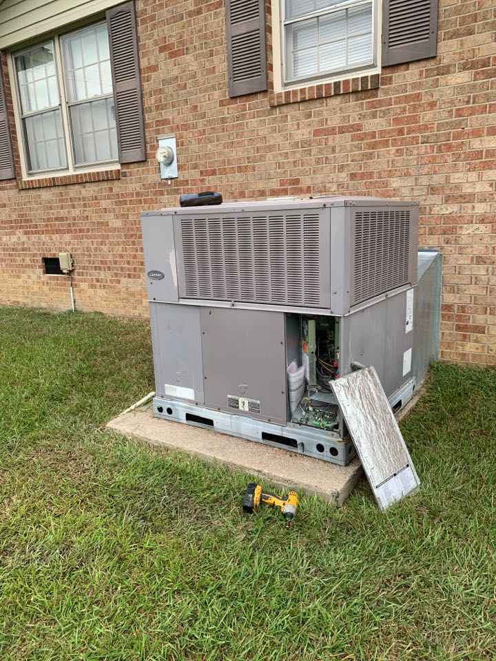 Princeton, NC - Not cooling call at heat pump package unit carrier communication