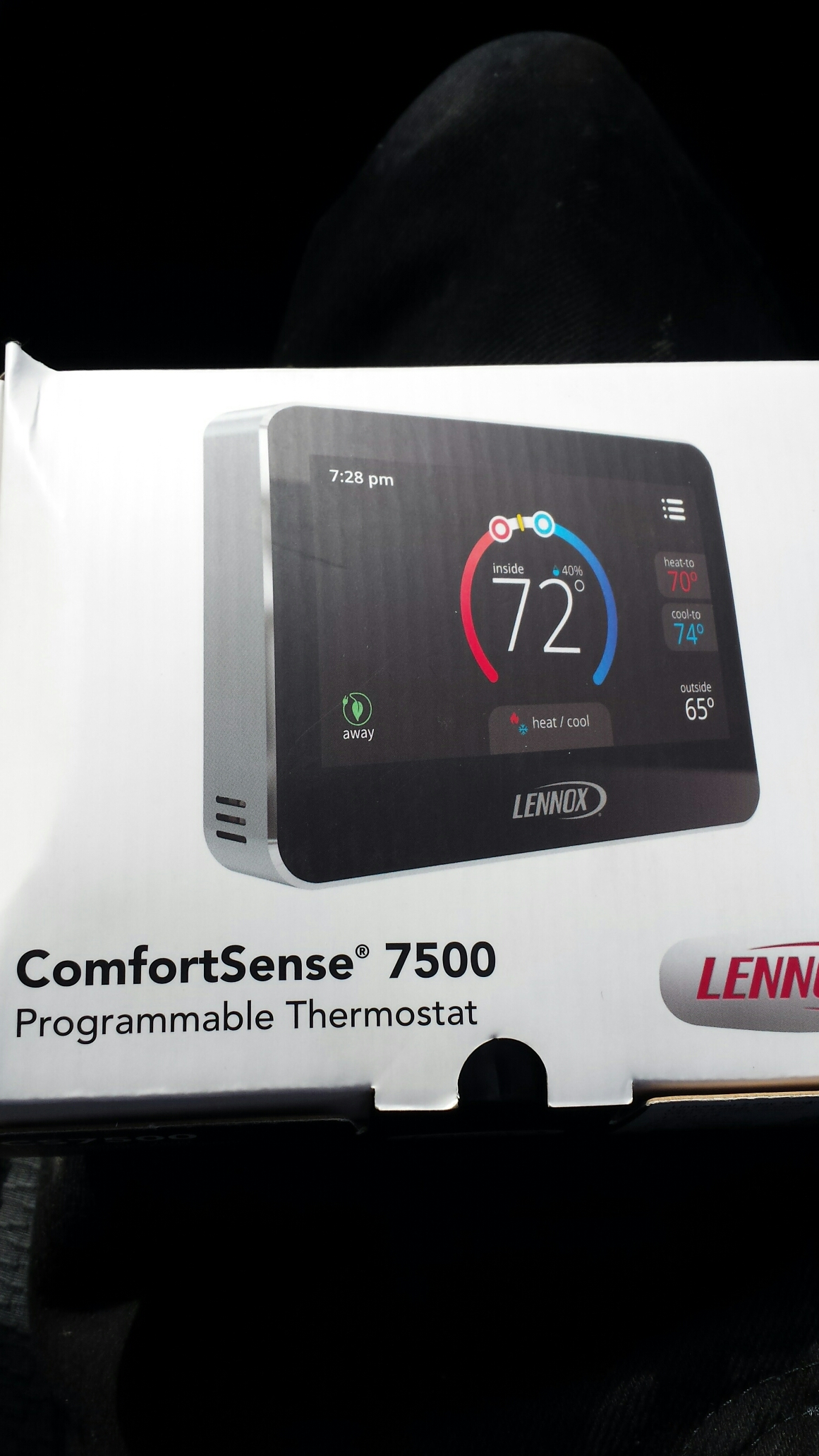 Yorkville, WI - Just installed this new lennox comfortsense 7500 thermostat.