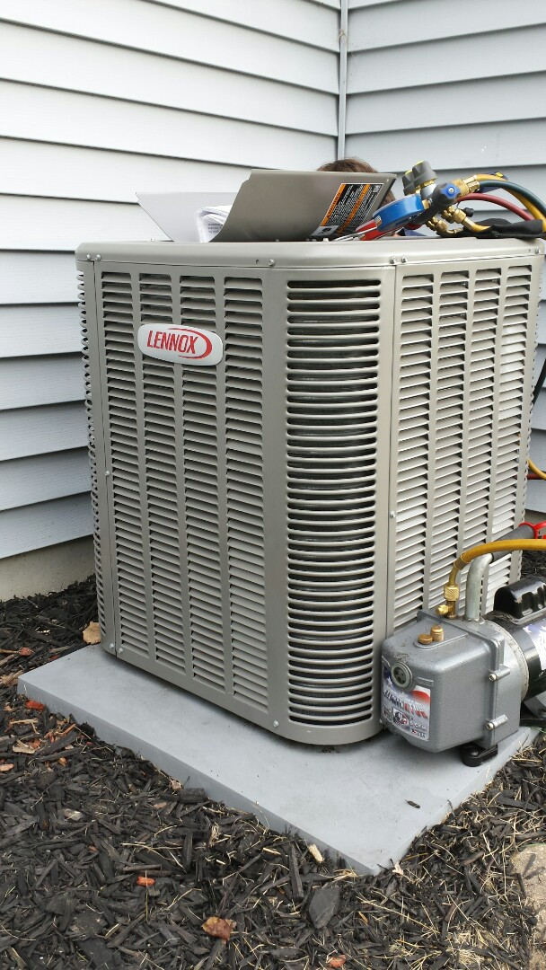 Caledonia, WI - NEW LENNOX INSTALL IN FRANKSVILLE WISCONSIN.
