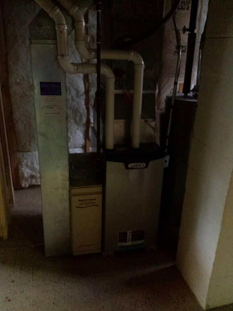 Mount Pleasant, WI - Lennox EL296E Furnace Install