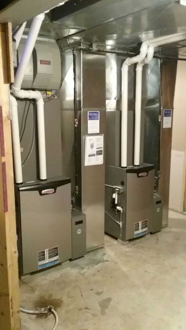 Racine, WI - Professional installation of hvac equipment.  Quality,  honest service 24 hour service. Southeastern Wisconsin.  Lennox, Daikin,  Mitsubishi,  Bosch.