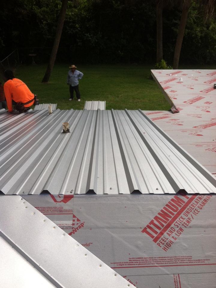 Sebastian, FL - Starting installation of a new metal roof in sebastian