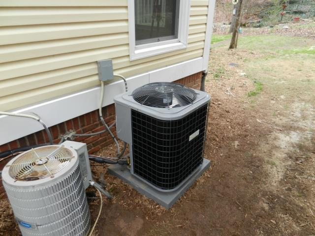 Vestavia Hills, AL - 1ST CLEAN AND CHECK UNDER SERVICE AGREEMENT FOR 5 YR A/C UNIT. CLEAN AND CHECK CONDENSER COIL. CHECK VOLTAGE AND AMPERAGE ON MOTORS. CHECK THERMOSTAT, AIR FILTER, AIRFLOW, ENERGY CONSUMPTION, FREON LEVELS, DRAINAGE, AND ALL ELECTRICAL CONNECTIONS. ADJUST BLOWER COMPONENTS, AND LUBRICATE ALL NECESSARY MOVING PARTS, EVERYTHING IS RUNNING GREAT.