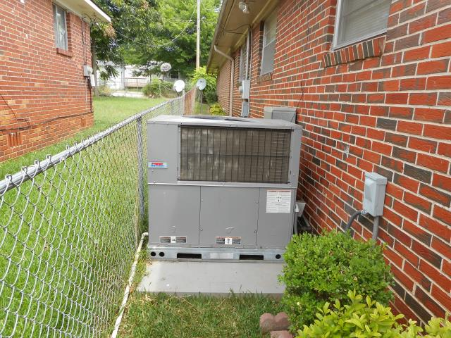 Maylene, AL - Serviced and cleaned 2014 heat pump package unit