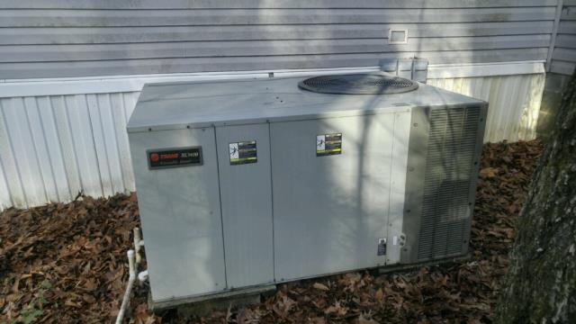 Serviced and cleaned 2009 air temp heat pump unit.