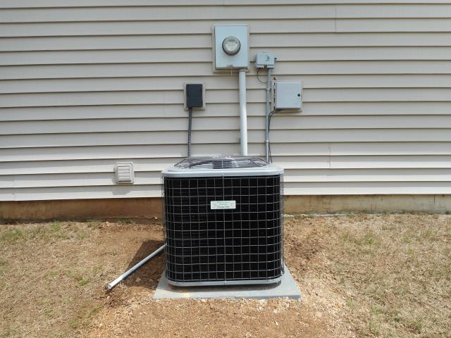 Hueytown, AL - Cleaned and sanitized 2010 Trane air conditioning unit with Zep con-coil cleaner. No repairs needed.