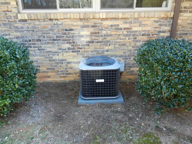 Pleasant Grove, AL - Cleaned and safety checked the Heil air conditioning unit with Zep con-coil cleaner. No repairs needed.