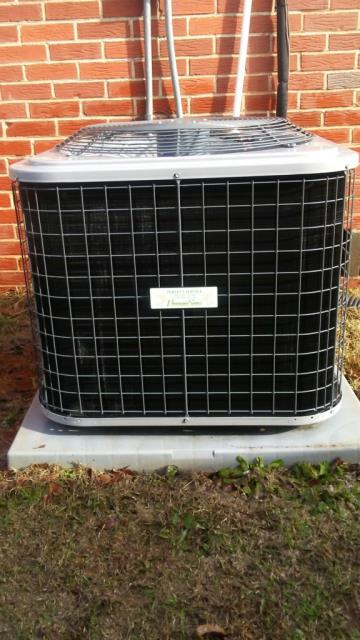 Mount Olive, AL - Cleaned and safety checked the Heil 2014 Heil air conditioning unit, no repairs needed.